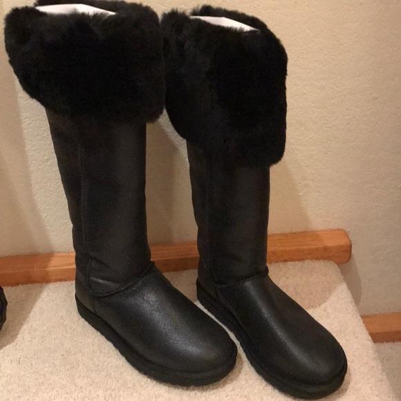a6615ccb853 UGG Devandra OTK New Waterproof Boots sz8